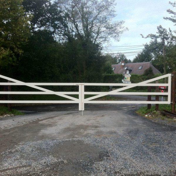 Portail (barrière style anglais)
