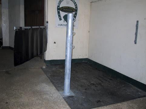 Poteau d'attache Ø133 mm