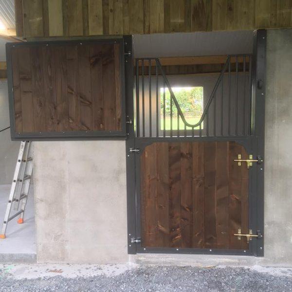 Porte de box 2 battants avec grille